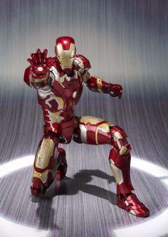 SH Figuarts - Avengers: Age of Ultron - Iron Man Mark 43