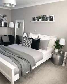 Bedroom decor - 47 Mythical Answers To Master Bedroom Layout Furniture Dressers Disclosed 39 Room Ideas Bedroom, Home Decor Bedroom, Teen Bedroom Colors, Bedroom Girls, Cozy Bedroom, Bedroom Yellow, Bedroom Beach, Small Bedroom Layouts, Gray Room Decor