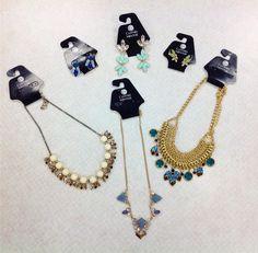 #cmstyle #CM #clothesmentorsarasotasout #jcrew #nyco  Necklaces left to right: 1st ($8.00 jcrew) 2nd ($6.00) 3rd ($7.50) Earrings left to right:  1st ($7.50) 2nd ($5.00) 3rd ($4.00)