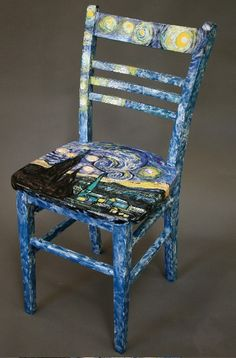 I can see this chair in the Raven claw common room...by my bed!!
