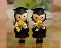 3D miniature quilling dolls. Graduation day