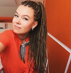 Box braids white girl