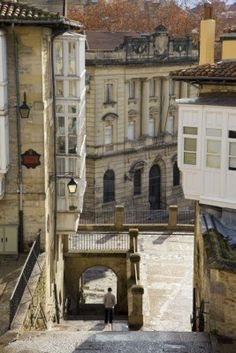 Vitoria-Gasteiz, Basque Country, Spain Casco Antiguo de Vitoria-Gasteiz, manteniendo el trazado medieval.