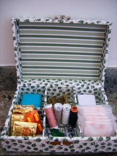 É sempre bom ter uma caixa de emergências no banheiro de visitas!