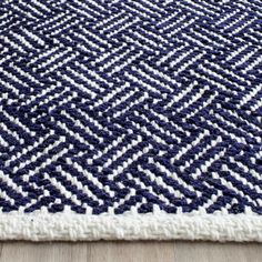Shop for Safavieh Handmade Boston Tilla Coastal Cotton Rug. Get free delivery On EVERYTHING* Overstock - Your Online Home Decor Store! Navy And White Rug, Navy Rug, Navy And White Living Room, Room Rugs, Rugs In Living Room, Casual Living Rooms, Fashion Room, Online Home Decor Stores, Blue Area Rugs