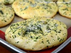 Mini Garlic and Herb Focaccia --Okay. . .these sound really good, but I don't think I can bring myself to use canned biscuits!!  Think I'll use Grandma's recipe instead!