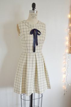 oh Lord I want this dress.