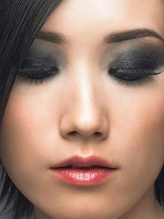 Sultry Smoky Eyes