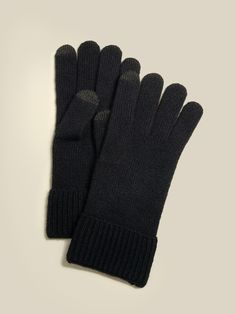 A good pair of gloves is as essential as a good winter hat and scarf. So we designed a pair of wrist-length gloves with a snug, cuffed wristband that will seal in the warmth. They're made of 100% cashmere, which means optimal warmth and incredible comfort without the added bulk. Plus, we added tech tips to the fingers, which means that you don't need to remove your gloves when using any touch-screen-powered electrical device. Best Winter Gloves, Cashmere Gloves, Italian Leather, Snug, The Incredibles, My Style, Collection, Touch, Women