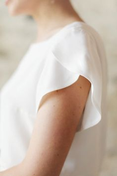Petal Sleeves on the Billie Bridal Seperates, Photo by Rachel Rose Photography