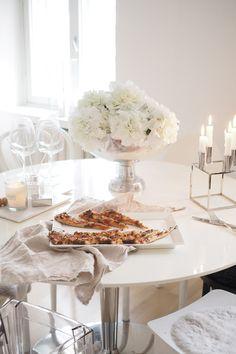 New Pizza, Veggie Pizza, City Girl, Girl Style, My Dream Home, Brunch, Sweet Home, Table Settings, Veggies