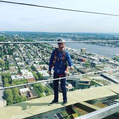 spaceneedle. Chris one of our top ten fundraisers for Base 2 Space 2015 doing his halo walk. Registration for the 2016 climb is now open at base2spaceseattle.com! #base2space2016 #supportfredhutch Click like or share.