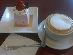 幸福餅店 Clover Cake & Coffee House @ North Point  # Cappuccino # Strawberry Yogurt