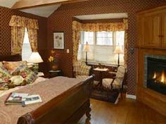 Located in the small, unspoiled village of Jamaica in Southern Vermont, the Three Mountain Inn is a perfect choice to spend a few days of rest and relaxation, offering 15 guest rooms in a luxurious, romantic Inn.