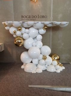 Boca do Lobo's New Collection for Contemporary Design Trendy Furniture, Luxury Furniture Brands, Design Furniture, Art Furniture, Buffet Original, Fresh To Go, Visual Merchandising Displays, Modern Console Tables, Contemporary Interior Design