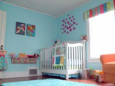 holy cow this is the most amazingly rainbow-tastic baby room evar!