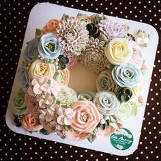 Buttercream flower cake by Ellebaking