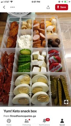 My keto snack box! carb – Related posts: 22 Low-Carb Snack Ideas Keto Snack Rezepte Keto / Low Carb diet – miss your Ranch Doritos? These low carb cheese crisps are… 12 Keto Soup Recipes That Are Easy To Make On The Ketogenic diet Ketogenic Recipes, Low Carb Recipes, Diet Recipes, Diet Meals, Recipes Dinner, Zoodle Recipes, Atkins Recipes, Keto Snacks, Healthy Recipes