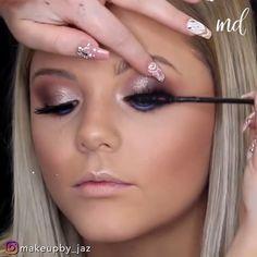 Beauty Makeup, Face Makeup, Makeup Storage, Gorgeous Makeup, Makeup Videos, Smokey Eye, Wedding Makeup, Natural Makeup, Hair And Nails