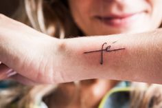 Find images and videos about tattoo, tatto and faith on We Heart It - the app to get lost in what you love. Mini Tattoos, Body Tattoos, Cute Tattoos, Faith Tattoos, Tattoo Femeninos, Piercing Tattoo, Beautiful Small Tattoos, Worlds Best Tattoos, Delicate Tattoo
