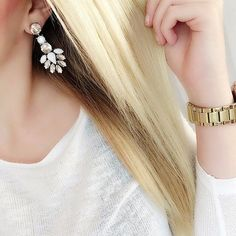 Snow White Statement Earrings #fashion #style #chic #statementearrings #earrings - 14,95 @happinessboutique.com
