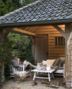Tuinhuisje. Garden shed. | Loods 5