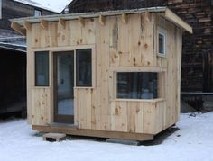 tiny house built with reclaimed materials run-away-live-in-the-woods Tiny House Blog, Small Tiny House, Building A Tiny House, Tiny House Plans, Small Houses, Micro House, Ice Houses, Play Houses, Ice Fishing House