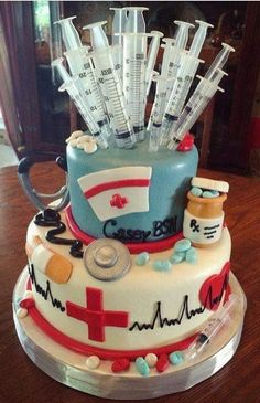 Nursing school graduation cake from Adrienne's in Jeffersonville, IN. I want this done for when I graduate nursing school! Nursing School Graduation, Graduate School, Medical School, Graduation Ideas, Pharmacy School, School Parties, Grad Parties, Medical Cake, Decors Pate A Sucre