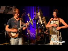 "▶ Folk Alley Sessions: Elephant Revival - ""Birds and Stars"" - YouTube. Now for some folk!"