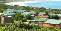 Holiday Resorts Holiday Resort, Bed And Breakfast, Lodges, Resorts, Mansions, Country, House Styles, Places, Home Decor