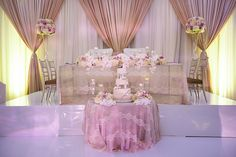 Enchanting Head Table - R5 Event Design