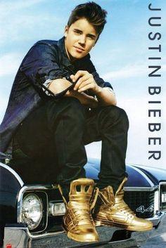 Justin Bieber: Believe Photoshoot 2012 Justin Bieber Photoshoot, Fotos Do Justin Bieber, Justin Bieber Posters, Justin Bieber Believe, Justin Bieber Pictures, Justin Timberlake, X Factor, Gold Boots, Jonas Brothers