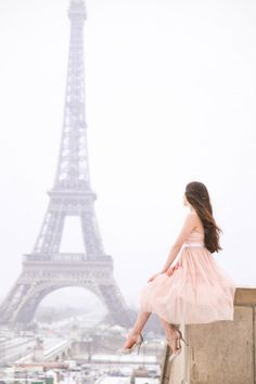 An Eiffel Tower Moment with Morning Lavender in a romantic pink tulle dress and sparkle scallop Betsey Johnson heels. Trocadero, Paris. Feminine, romantic, classic, trendy ootd and outfit inspiration, inspo  GO TO: www.eva-darling.com  INSTAGRAM: @eva_phan