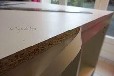 Aménager son atelier (1) : la table de découpe [Tuto inside] - Le Temps de Vivre... Coin Couture, Chant, Pose, Sewing, Cutting Tables, Sewing Spaces, Central Island, Table, Dressmaking
