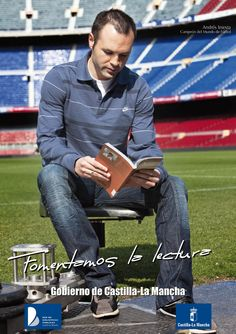 Iniesta promocionant la lectura a Castella-La Manxa Bill Cosby, Celebrity Books, Marketing, Fc Barcelona, All You Need Is, Famous People, Soccer, Football, Reading