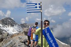 Andreas Constantinides from Greece hiked up to the top of Mount Olympus with a few of his buddies. At nearly 3,000 meters, it's the highest peak in Greece and the fabled home of Zeus and the gods of Greek mythology. With a view like that, Andreas packed the essentials: a #YouShouldBeHere banner, and a bottle of ouzo. : ) Great shot! #travel #greece #WorldVentures