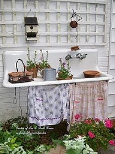 Upcycled Outdoor Decor :: Debi Ward Kennedy's clipboard on Hometalk :: Hometalk