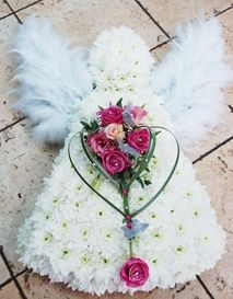 Excellent Absolutely Free Funeral Flowers unique Style If you're planning as well as attending, funerals will almost always be a sad and sometimes demanding occasion. Grave Flowers, Cemetery Flowers, Church Flowers, Funeral Flowers, Funeral Floral Arrangements, Unique Flower Arrangements, Unique Flowers, Silk Flowers, Deco Floral