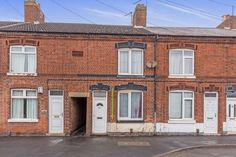 2 bedroom terraced house for sale - Waterworks Road, Coalville, LE67 Full description Priced to sell this two bedroom mid terrace property is offered for sale with the benefit of no chain. Being double glazed and gas centrally heated the accommodation comprises of lounge. dining room, kitchen. To the first floor are two double bedrooms and bathroom with white... #coalville #property https://coalvilleproperties.com/property/2-bedroom-terraced-house-for-sale-waterworks-road-