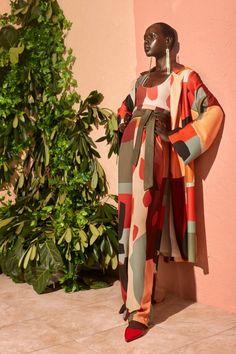 Felisha Noel is seeking to shift the centuries-old Eurocentric narrative around Renaissance art. 70s Fashion, African Fashion, Fashion Tips, African Inspired Fashion, Fashion Websites, Fashion Stores, African Style, Fashion History, Fashion 2017