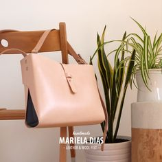 tangerine [L] bag · leather & wool felt · https://marieladias.blogspot.pt