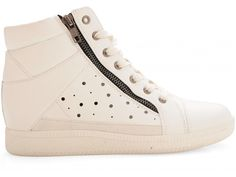Sofia Sneaker
