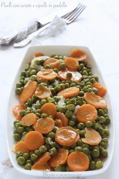 Piselli con carote e cipolle in padella ( contorno facile ) #contorno #carote #piselli #cipolle Food Photography, Recipes, Diets, Rezepte, Recipies, Cooking Recipes, Recipe
