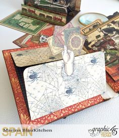 Stand and Mini Album Master Detective by Marina Blaukitchen Product by Graphic 45 photo 14.jpg