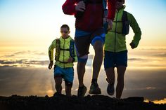 8,000m +E Hell in paradise: 3 men crossing Hawaii island from sea to sea #TrailRunning #Julbo