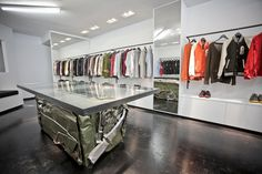 superfuture :: supernews :: new york: feltraiger flagship store opening