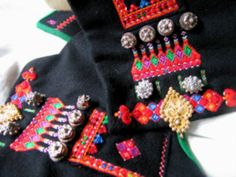 Folk Costume, Costumes, Going Out Of Business, Traditional Dresses, Norway, Sewing, Apron, Crafts, Inspiration