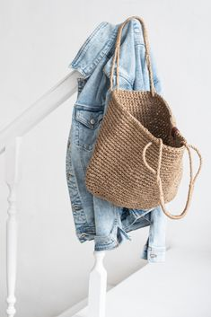Jute, Crochet Home, Knit Crochet, Hand Embroidery Patterns, Crochet Patterns, Knitted Bags, Knit Bag, Side Bags, Macrame Bag
