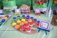 Tangled Rapunzel party paint palette cupcakes