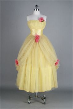 Vintage 1950s Dress . Yellow Tulle . Pink Flowers . Strapless